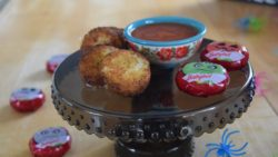 These yummy Mini BabyBel® Fried Cheese Rounds will be a huge hit at your next get together. With the lightest of breading, you enjoy the full flavor and creaminess of the Mini BabyBel® Cheese! #BabybelTarget @BabybelUS @Babybel #SavedIt