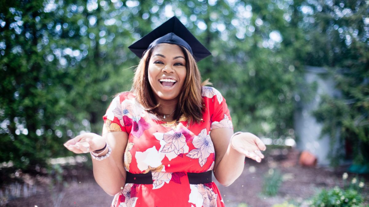 High School is over and it's time to jump into the real world.  Check out The Ultimate Graduate's Checklist for Adulting to get prepared! #adulting #collegebound #highschool #graduate #parenting
