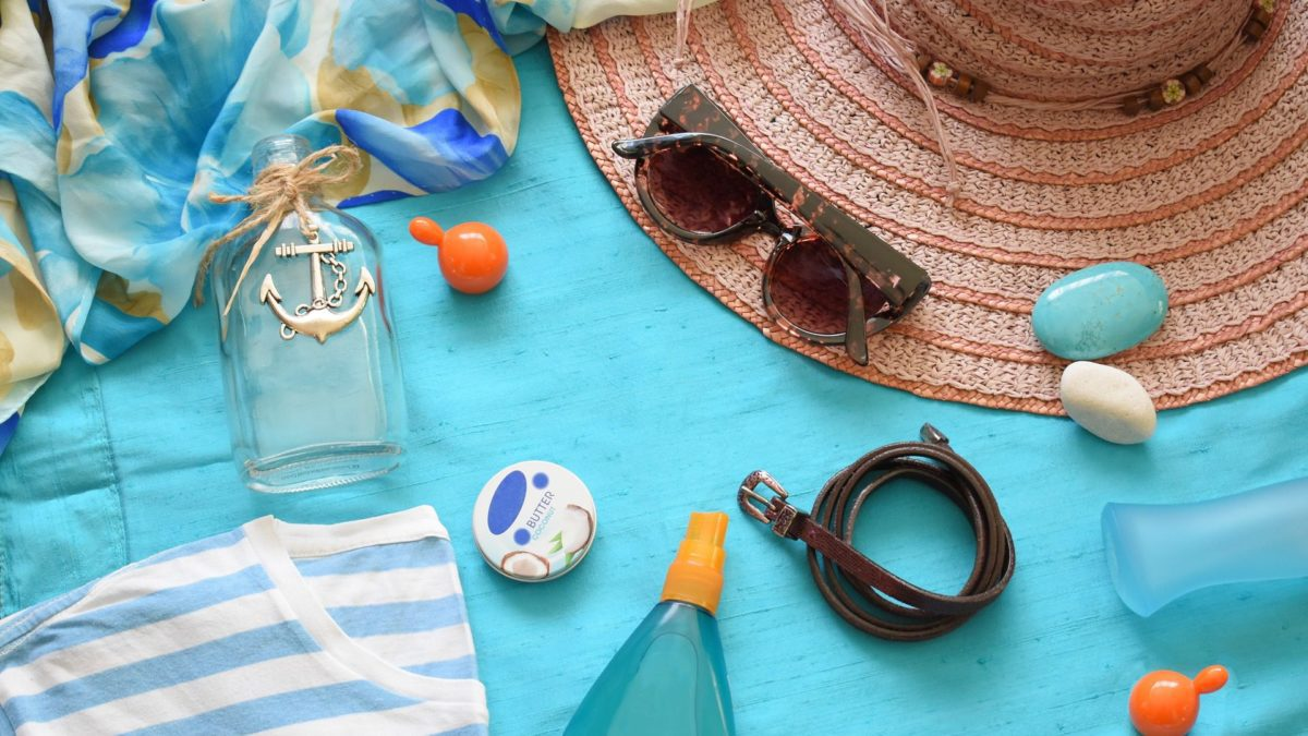 Let's face it, there is always something forgotten when going on vacation.   To help keep your vacation as stress-free as possible, here is a checklist of some of the items that commonly get forgotten so that you can make sure to pack them.    #vacation #travel #traveltips