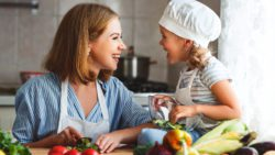 Helping Your Child Develop Healthy Eating Habits is easier than you think. Check out these great tips that are perfect for the whole family. #healthhabits #healthykids #healthyeating #parentingtips #health
