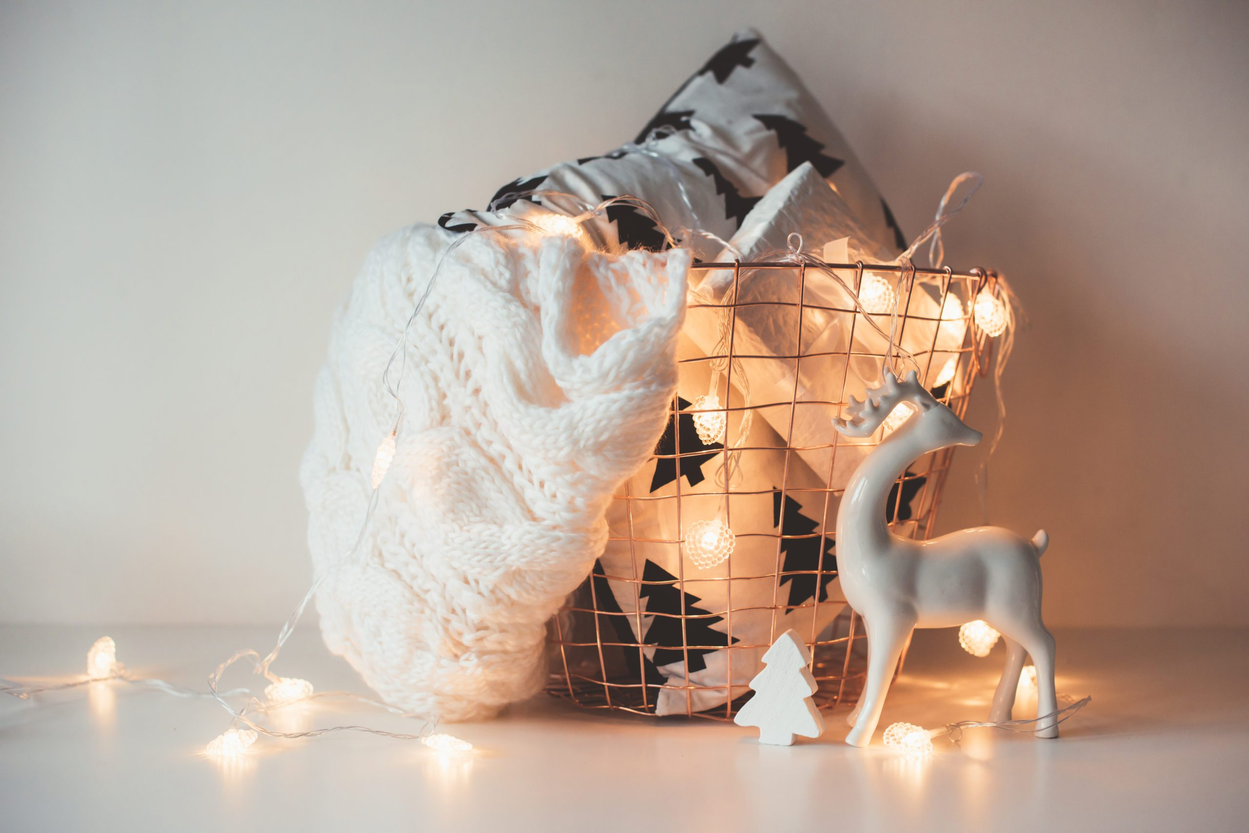 3 Easy Hacks When Transitioning Your Decor Throughout the Winter