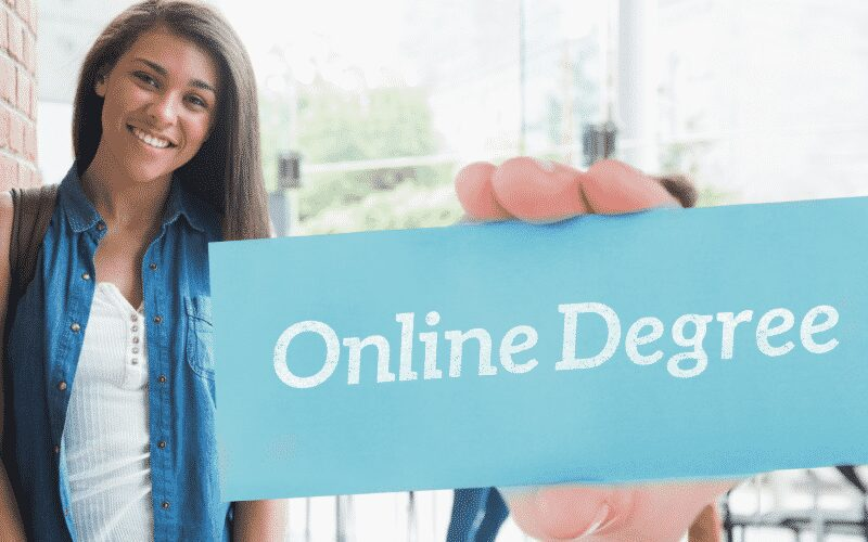Why You Should Study for an Online Degree
